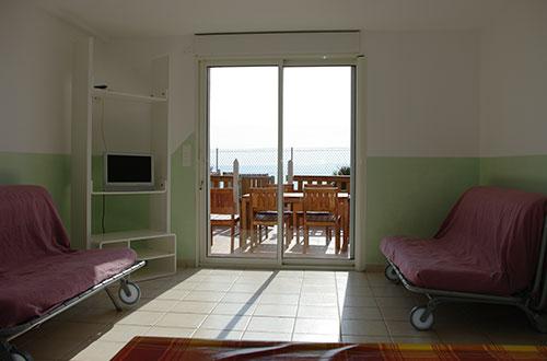 location d 39 appartement meubl s hy res location de studio presqu le de giens azureor. Black Bedroom Furniture Sets. Home Design Ideas